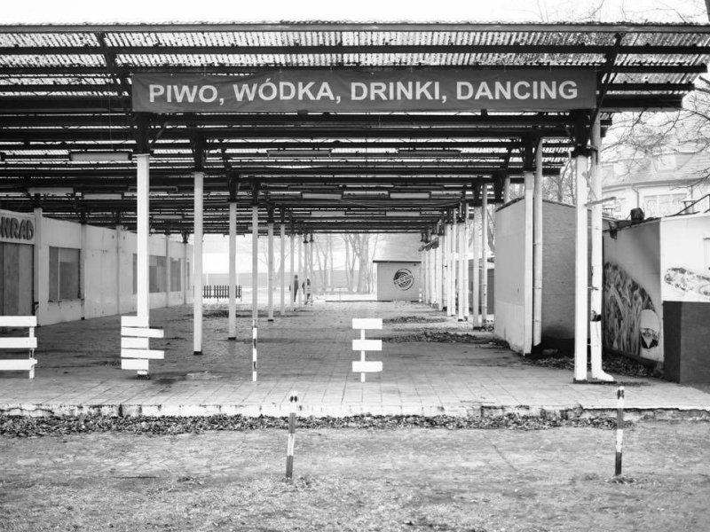 pino-wodka-drinki-dancing